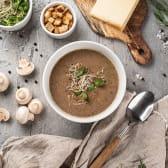 Грибний крем суп з пармезаном (250)