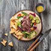 Салат з ростбіфом та печеним перцем (255г\50)