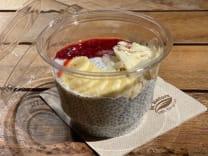 Chia bowl con platano y fresa