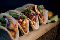 Tacos de pollo (4 porciones)