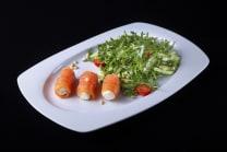 Салат із лососем і крем-сиром (210г)