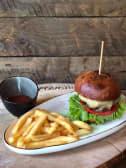 კლასიკური ბურგერი/Classic burger