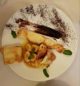 ბლინი ბანანითა და შოკოლადის სოუსით