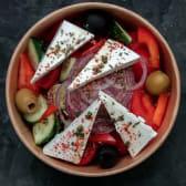 Грецький салат (280г/20г)