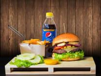 Hawajski wypas + średnie frytki + Pepsi 0.5 L