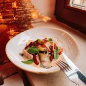 Равіолі з шпинатом та рікоттою з трюфельним соусом