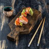 Спрінг рол з лососем (125/30г)