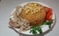 Boulgur with chickpea and chicken