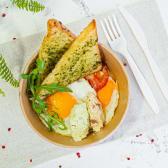 Яєчня з сиром Філадельфія та томатами-гриль (290г)