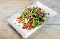 Salata s crvenom rižom