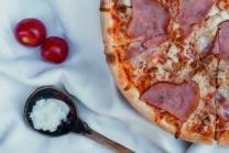 """პიცა """"სესილია"""" 33სმ (6 ნაჭერი)"""