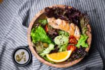 გრილზე შემწვარი ქათმის სალათი