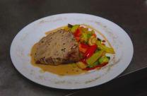 Biftek u zelenom biber sosu