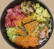 Poke sushi de atún fresco y kani