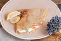 ორაგულით და ხაჭოთი/Salmon and cream cheese