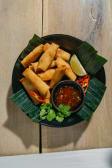 В'єтнамські овочеві спрінг роли з солодким чілі соусом (10шт)