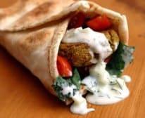 Falafel (V) u arapskom kruhu