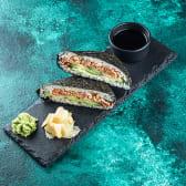 Сендвіч рисовий зі смаженим  лососем (180\70г)