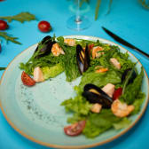 Салат з морепродуктами (210г)