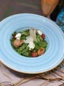 Салат з лососем, крем-сиром та авокадо (240г)