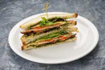 Сендвіч з томатами, моцарелою та соусом Песто (185г)