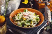 სალათი ცეზარი ქათმით