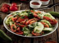 ქართული კიტრი-პომიდვრის სალათი