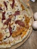 პიცა კაპრიჩოზა