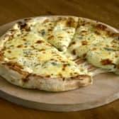 ოთხი ყველის პიცა