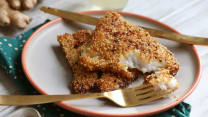 Fried fish with sesame