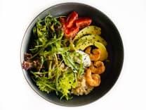 Салат з креветками, кіноа та авокадо (170г)