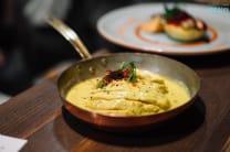 Індичка фламбе в шафраново-карі соусі (220)