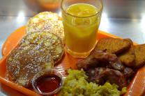 American Breakfast con succo d'arancia