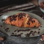 Premium croissant s lješnjakom 70g
