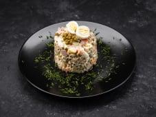 Салат Олiв'є з ковбаси (100г)