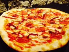 Pizza pollo pepperoni barbacoa