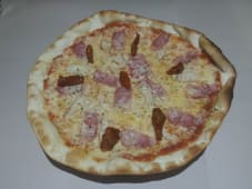 Pizza pollo braseado
