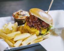 Hats Gourmand Burger