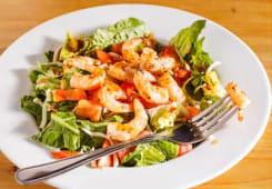 Salade Pimentée aux Crevettes