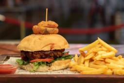 Classic BBQ Burger.