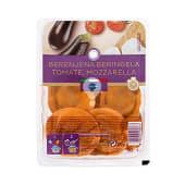 Pasta fresca redondo con berenjena, tomate y mozzarella