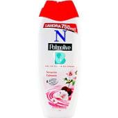 Gel de baño relajante sensación calmante en crema con flor de cereza y leche hidratante