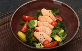 Лосось з овочами (250г)