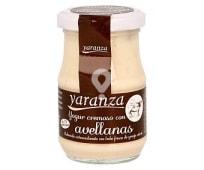 Yogur cremosos con avellanas