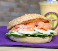 Bagel Egg & Salmon