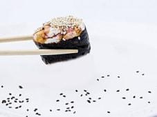 Гункган лосось з сиром (40г)