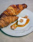 Croissants com requeijão, abóbora e nozes