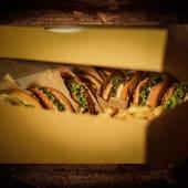 Burger box pentru 4 persoane