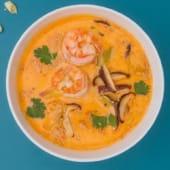 Суп кокосовий з креветками (260г)