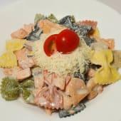 Фарфале з лососем та шпинатом (300г)